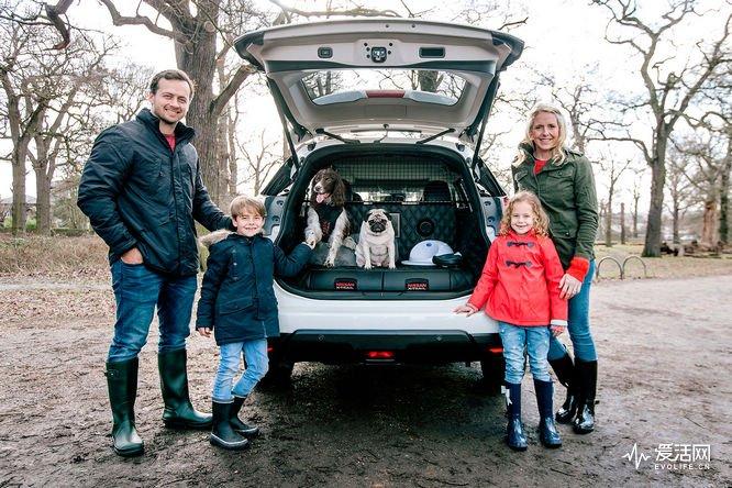 nissan_x_trail_4dogs-familj