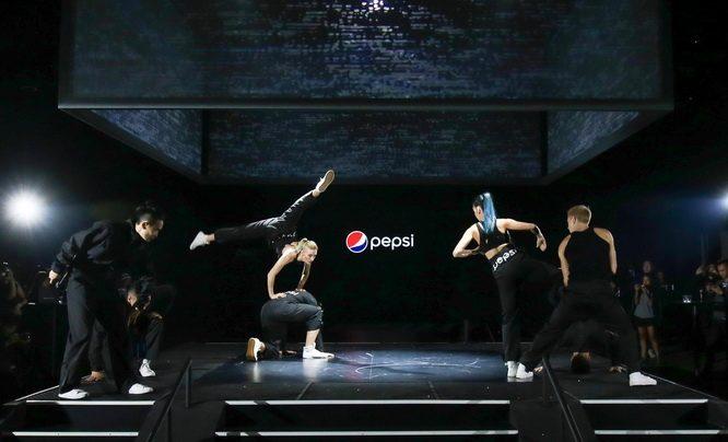 开场舞表演