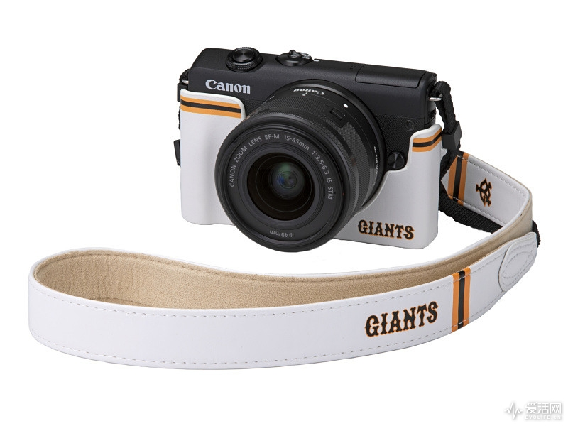 Canon-EOS-M200-Limited-Giants-Kit1